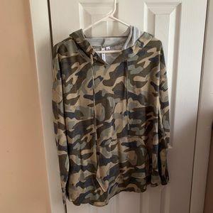 Hooded camo shirt